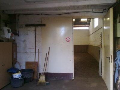 unser Halleneigang, kann komplett geschlossen werden und uns kann nix passieren
