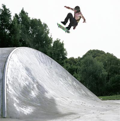 Chris Haslam Kickflip to Fakie