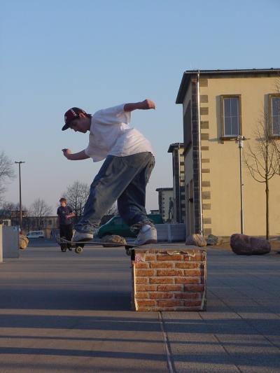 Benni Backside Tailslide