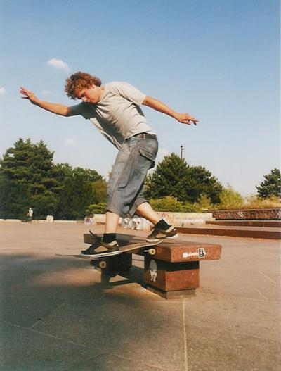 Tom Bs Tailslide