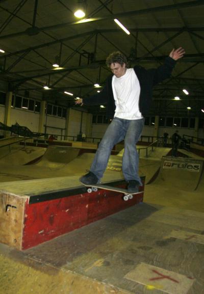 Tom Tailslide