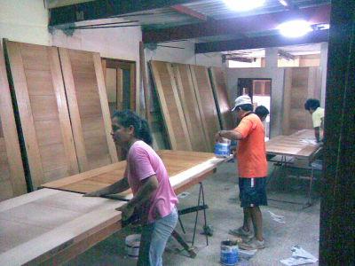 Tragma sac transformacion general de la madera sac - Instalacion de puertas de madera ...