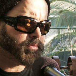 Carlos Varela canta Guantanamera