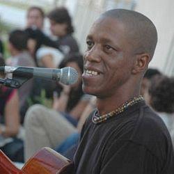 Tony Ávila