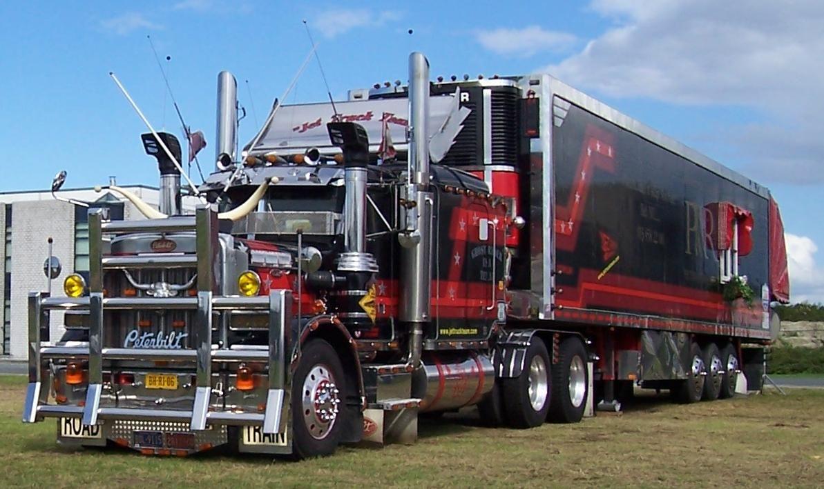 truck driver worldwide   show trucks