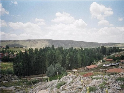 Köyün Girisi