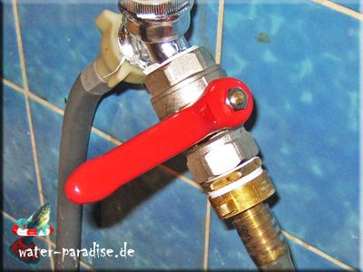 Wasserzulauf-Absperrhahn