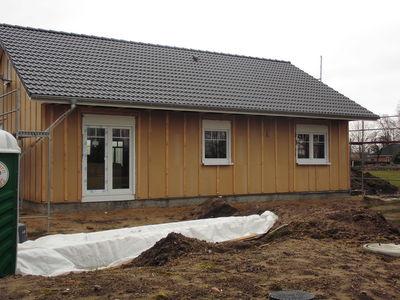 Zimmerei Sven Gerlach - Holzrahmenbau eingedeckt und mit Fenstern